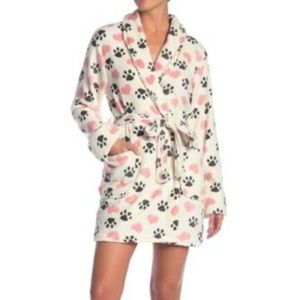 PJ SALVAGE Heart Print Robe in White NWT